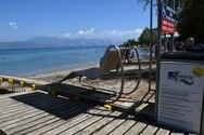 Αντικαταστάθηκαν τα παλιά μηχανήματα πρόσβασης ΑμεΑ στις παραλίες της Αχαΐας