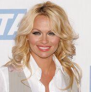 Η Pamela Anderson γυμνή στα 52 της (φωτο)