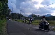 Εξερράγη δυο φορές το ηφαίστειο Μεράπι (video)