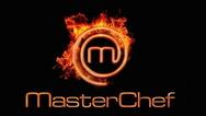 Παίκτης του MasterChef αποκαλύπτει ότι... βγάζει τα φρύδια του (φωτο)