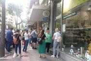 Πάτρα: Ο κορωνοϊός 'καταργεί' διανυκτέρευση και 'ουρές' στις εγγραφές των voucher