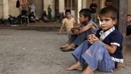 Πάτρα: Παιδιά πετάγονται στο δρόμο επειδή οι οικογένειες τους πήραν άσυλο!