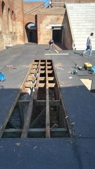Πάτρα - Εργασίες συντήρησης στο Ρωμαϊκό Ωδείο από συνεργεία του δήμου (φωτο)