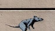 Ο Banksy 'ξαναχτύπησε' με θέμα τον κορωνοϊό στο μετρό του Λονδίνου!