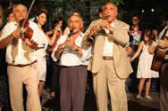Πάτρα: Κρατούν ανενεργούς μουσικούς - τραγουδιστές και τους καλοκαιρινούς μήνες