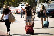 Όπου φύγει - φύγει οι Αθηναίοι για τις καλοκαιρινές διακοπές τους