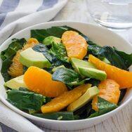 Συνταγή για δροσιστική σαλάτα με πορτοκάλι