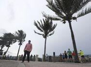 ΗΠΑ - Η τροπική καταιγίδα «Ησαΐας» κινείται προς τη Νότια Καρολίνα