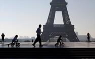Γαλλία: Υποχρεωτική η χρήση μάσκας και σε εξωτερικούς χώρους