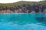 Μια βουτιά στην πιο διάσημη πισίνα του Ιονίου (video)