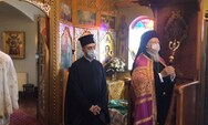 Η φωτογραφία με τον Πατριάρχη με τη μάσκα που έγινε viral από Πατρινούς