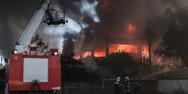 Πυροσβεστική: 76 αστικές και 39 δασικές πυρκαγιές μέσα σε μία ημέρα