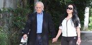 Η Βίκυ Σταμάτη για τον Άκη Τζοχατζόπουλο: Πήρε εξιτήριο, αλλάζω ορούς 24 ώρες το 24ωρο