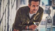 Ο Ryan Reynolds πούλησε το gin του για 515 εκατ. ευρώ!