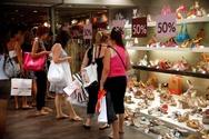 Πάτρα: Στο 30% και βάλε η πτώση στις καλοκαιρινές εκπτώσεις για τα μαγαζιά