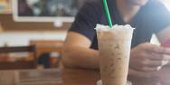 Πάτρα: Ποτηράκι από το… σπίτι για το take away καφέ λόγω περιβαλλοντικού τέλους