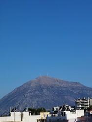 Από τις δύο ανεμογεννήτριες στην κορυφή της Παλιοβούνας λειτουργεί η μία (φωτο)