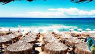 Η 'Μύκονος' της Δυτικής Ελλάδας νίκησε τη γενικότερη πτώση του τουρισμού!