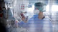 Κορωνοϊός: Κατέληξε στο νοσοκομείο Παπαγεωργίου 97χρονη