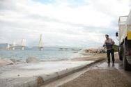 Πάτρα: Εργαζόμενοι του δήμου καθαρίζουν την παραλιακήσε Ρίο, Ακταίο, Άγιο Βασίλειο, Ψαθόπουργο (φωτο)