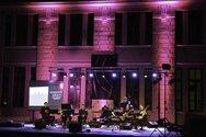 «Ηχοχρώματα περασμένου αιώνα στο Καρναβάλι της Πάτρας» από το Ευήκοον Μέλος!