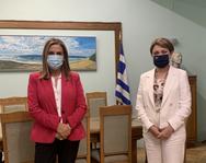 Η Χριστίνα Αλεξοπούλου στη Ζωή Ράπτη για τη στήριξη ασθενών και δομών ψυχικής υγείας της Αχαΐας