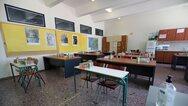 Κορωνοϊός: Κλειστά πάνω από 75 τμήματα και σχολεία