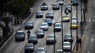 Υπ. Μεταφορών: Δεν αλλάζει το πλαίσιο, όσοι έχουν δίπλωμα ΙΧ δεν οδηγούν αυτόματα και μηχανή έως 125 κ.εκ.