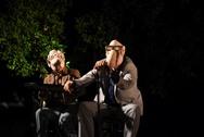Πάτρα - Κέρδισε τις εντυπώσεις η σατιρική βραδιά «Εξ αμάξης: Δεν θα πεθάνουμε ποτέ» (φωτο)