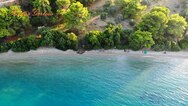 Δύο σχετικά άγνωστες παραλίες της Αχαΐας από ψηλά (video)
