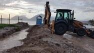 Πάτρα: Έπιασαν δουλειά τα συνεργεία του δήμου λόγω της νεροποντής (φωτο)
