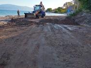 Εργαζόμενοι του Δήμου Πατρέων προχώρησαν σε καθαρισμό οδών στον Ψαθόπυργο (φωτο)