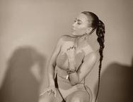 H Kim Kardashian ποζάρει στο φακό του Kanye West (φωτο)