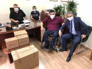 6η ΥΠΕ: 1000 χειρουργικές μάσκες και άλλα υγειονομικά υλικά στα μέλη της Π.Ο.Μ.Α.με.Α.
