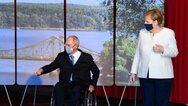 Σόιμπλε: Υποχρεωτική η μάσκα στη γερμανική Βουλή μέχρι τον Ιανουάριο του 2021