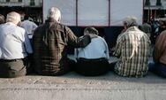 Πέρασε από τη Βουλή η τροπολογία για τα αναδρομικά των συνταξιούχων και το ν/σ για το μαύρο χρήμα