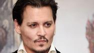 Johnny Depp - Υποδύεται στη νέα του ταινία τον θρυλικό φωτογράφο William Smith