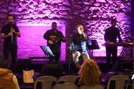 Το συγκρότημα του Άγγελου Σαμαντά χάρισε μια όμορφη συναυλία στους Πατρινούς (φωτο)