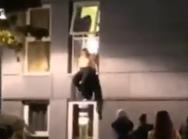 Βρετανία: H αστυνομία διέλυσε κορωνο-πάρτι