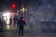 Ιταλία - Επεισόδια μεταξύ Αστυνομίας και ακροδεξιών διαδηλωτών που αντιτίθενται στην απαγόρευση κυκλοφορίας