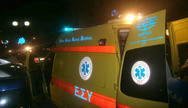 Τροχαίο ατύχημα στην Πατρών Κλάους - ΙΧ συγκρούστηκε με μηχανάκι