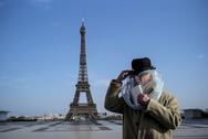 Ο Μακρόν ανακοίνωσε γενικό lockdown στη Γαλλία από την Παρασκευή