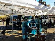 Κορωνοϊός: «Ουρές» στις τρεις πλατείες της Πάτρας για τα rapid test