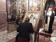 Αχαΐα: Η εικόνα της Παναγίας Τρυπητής επέστρεψε στον Ιερό Μητροπολιτικό Ναό Αιγίου