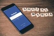 Τσεκάρετε συνεχώς το προφίλ των άλλων στα social media; - Τι δείχνει αυτή η συνήθεια