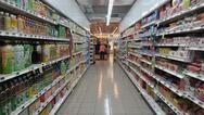 Στα ύψη οι πωλήσεις αντισηπτικών και έτοιμων γευμάτων στα σούπερ μάρκετ