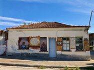 Πιερία: 71χρονος «γκραφιτάς» μεταμόρφωσε ολόκληρο το χωριό του (φωτο)