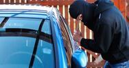 Ηλεία: Έσπασε τζάμι αυτοκινήτου με σκοπό να κλέψει