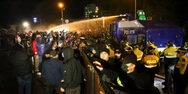 Επεισόδια μεταξύ διαδηλωτών και αστυνομίας στη Γεωργία