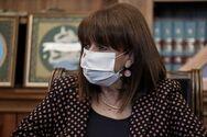 Σακελλαροπούλου: Το κλείσιμο των σχολείων αποφασίστηκε για να περισταλεί ο συγχρωτισμός των ενηλίκων